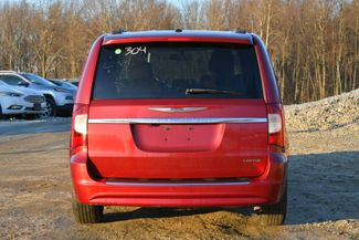 2011 Chrysler Town & Country Limited Naugatuck, Connecticut 3