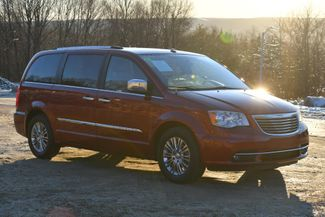 2011 Chrysler Town & Country Limited Naugatuck, Connecticut 6