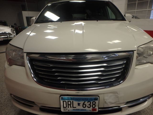 2011 Chrysler Town & Country TOURING, DVD, POWER SLIDERS, MECHANICALLY PERFECT Saint Louis Park, MN 21