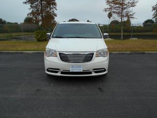 2011 Chrysler Town & Country Touring Wheelchair Van Handicap Ramp Van DEPOSIT Pinellas Park, Florida 3