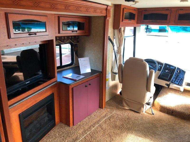 2011 Coachmen Encounter 37TZ  in Avondale, AZ