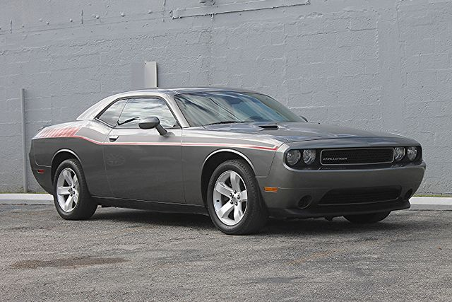 2011 Dodge Challenger Hollywood, Florida 13