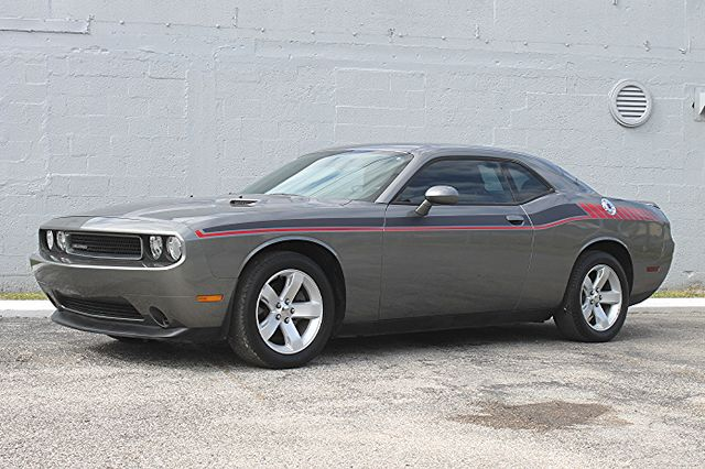 2011 Dodge Challenger Hollywood, Florida 24