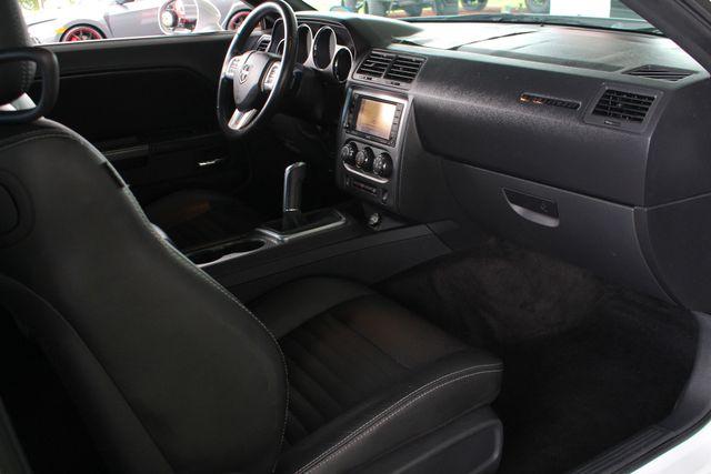 2011 Dodge Challenger R/T Classic - SUPER TRACK PAK - NAVIGATION! Mooresville , NC 30