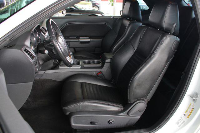 2011 Dodge Challenger R/T Classic - SUPER TRACK PAK - NAVIGATION! Mooresville , NC 7