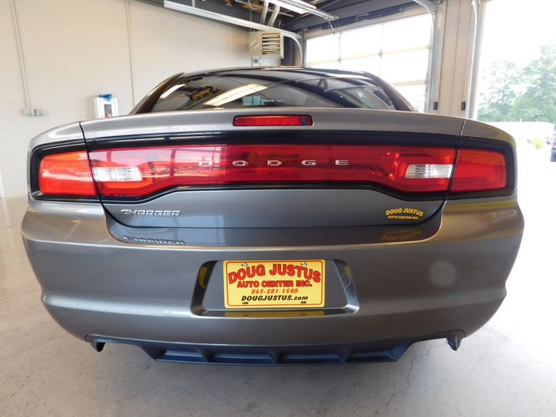 2011 Dodge Charger SE  city TN  Doug Justus Auto Center Inc  in Airport Motor Mile ( Metro Knoxville ), TN