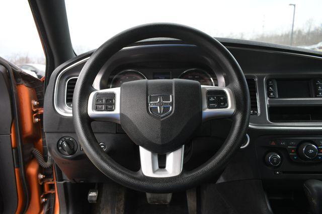 2011 Dodge Charger SE Naugatuck, Connecticut 9