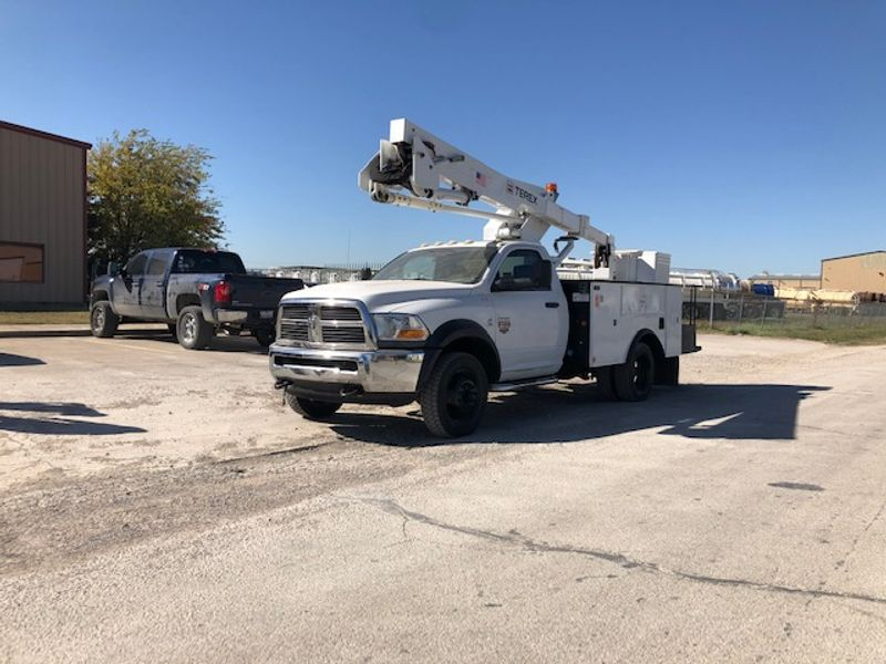 2011 Dodge Ram 5500 4x4 45FT Articulating Telescopic and Insulated Boom   city TX  North Texas Equipment  in Fort Worth, TX