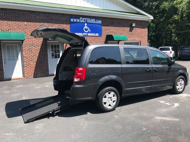 2011 Dodge Grand Caravan handicap wheelchair accessible vanvan Dallas, Georgia 1