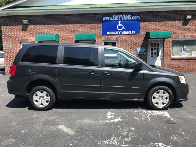 2011 Dodge Grand Caravan handicap wheelchair accessible vanvan Dallas, Georgia 5