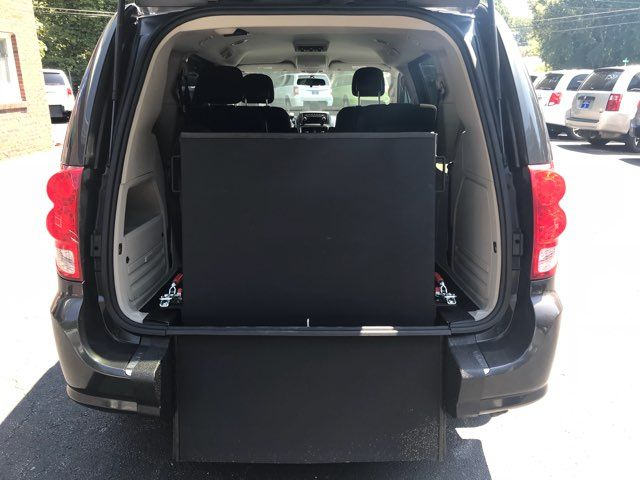 2011 Dodge Grand Caravan handicap wheelchair accessible vanvan Dallas, Georgia 12