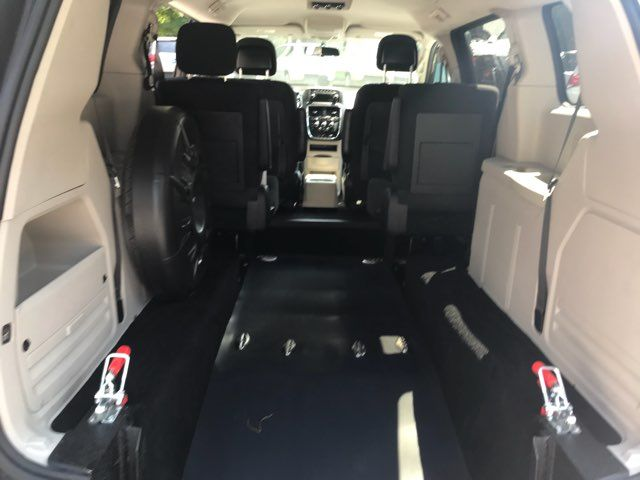 2011 Dodge Grand Caravan handicap wheelchair accessible vanvan Dallas, Georgia 15