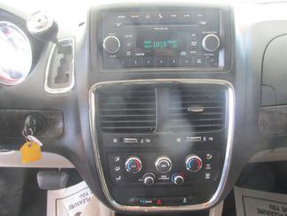 2011 Dodge Grand Caravan Mainstreet Gardena, California 6