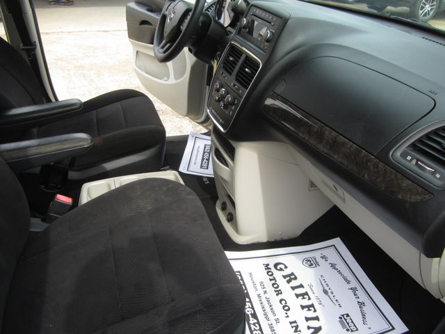 2011 Dodge Grand Caravan Mainstreet Houston, Mississippi 8