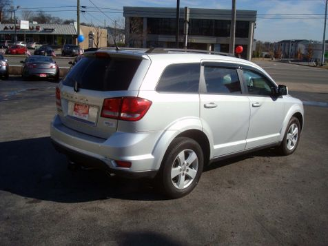 2011 Dodge Journey Mainstreet | Nashville, Tennessee | Auto Mart Used Cars Inc. in Nashville, Tennessee