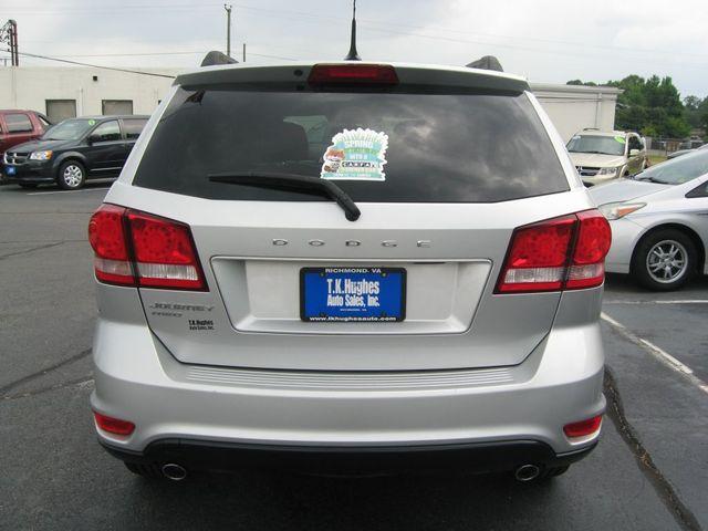 2011 Dodge Journey Mainstreet AWD Richmond, Virginia 6