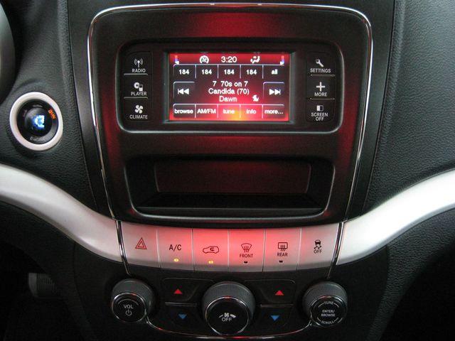 2011 Dodge Journey Mainstreet AWD Richmond, Virginia 9