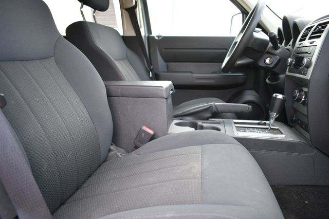 2011 Dodge Nitro Heat 4WD Naugatuck, Connecticut 4