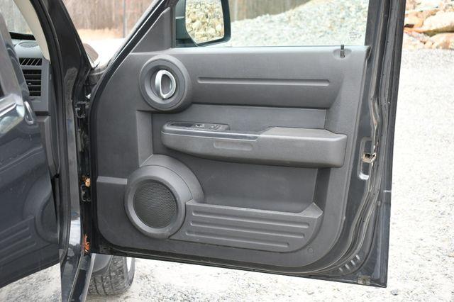 2011 Dodge Nitro Heat 4WD Naugatuck, Connecticut 5