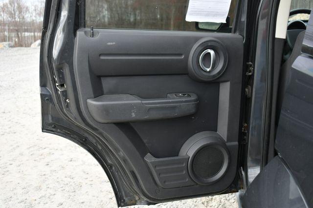2011 Dodge Nitro Heat 4WD Naugatuck, Connecticut 8