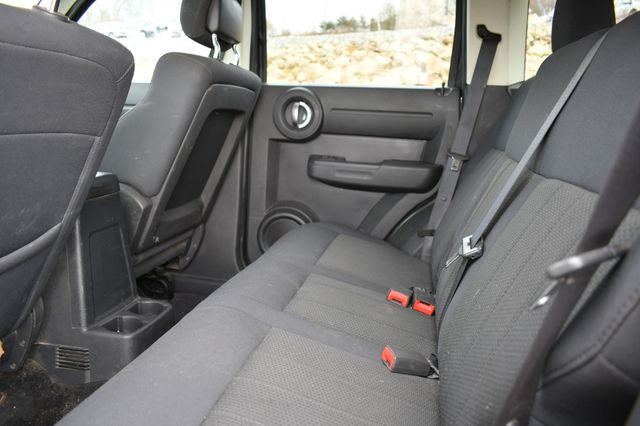 2011 Dodge Nitro Heat 4WD Naugatuck, Connecticut 9