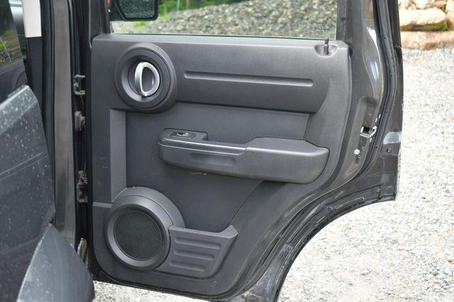 2011 Dodge Nitro Heat 4WD Naugatuck, Connecticut 13