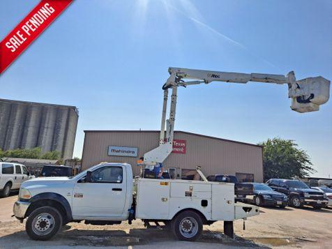 2011 Dodge RAM 5500 42' ALTEC INSULATED ARTICULATING & TELESCOPIC BUCKET TRUCK in Fort Worth, TX