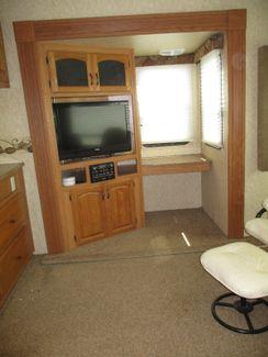 2011 Dutchmen Coleman 325RL  city Florida  RV World of Hudson Inc  in Hudson, Florida