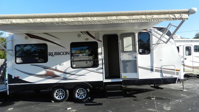 2011 Dutchmen RUBICON R 210 TOY HAULER Hudson , Florida 1