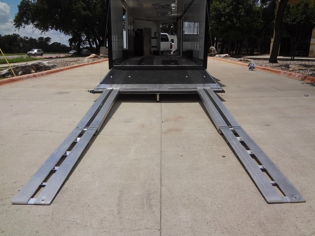 2011 Enclosed Car Carrier  VN Austin , Texas 8