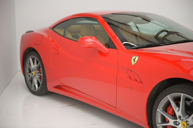2011 Ferrari California Houston, Texas 8