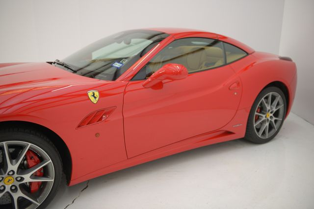 2011 Ferrari California Houston, Texas 9