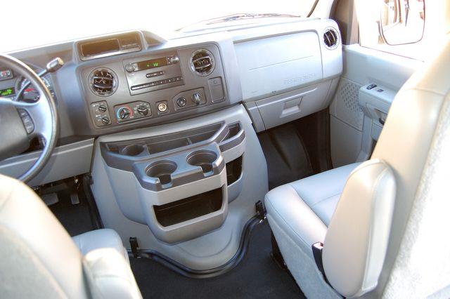 2011 Ford 15 Pass. XL Charlotte, North Carolina 15