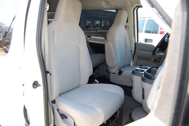 2011 Ford 15 Pass. XLT Charlotte, North Carolina 7