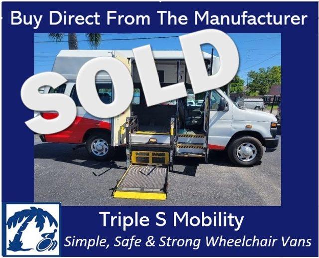 2011 Ford E-350 Extended Wheelchair Van Handicap Ramp Van