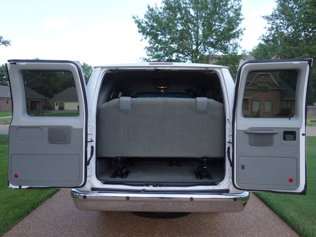 2011 Ford E-350 Wagon XLT in Marion AR, 72364