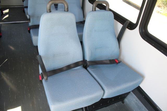 2011 Ford E450 15 Passenger Glaval Shuttle Bus With Wheelchair Lift Irving, Texas 12