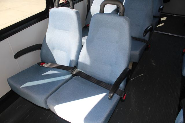 2011 Ford E450 15 Passenger Glaval Shuttle Bus With Wheelchair Lift Irving, Texas 15