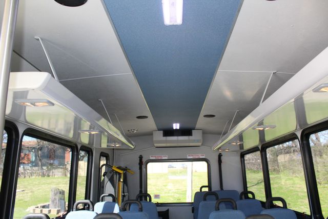 2011 Ford E450 15 Passenger Glaval Shuttle Bus With Wheelchair Lift Irving, Texas 19