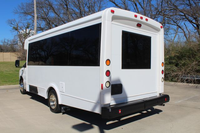 2011 Ford E450 15 Passenger Glaval Shuttle Bus With Wheelchair Lift Irving, Texas 4