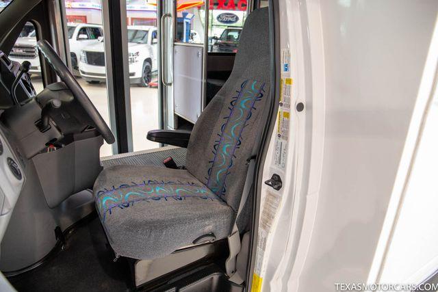 2011 Ford E-Series Cutaway 25 Passenger in Addison, Texas 75001