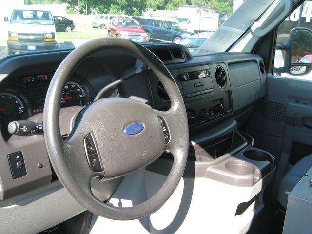 2011 Ford E-Series Cutaway E350 SUPER DUTY Richmond, Virginia 8