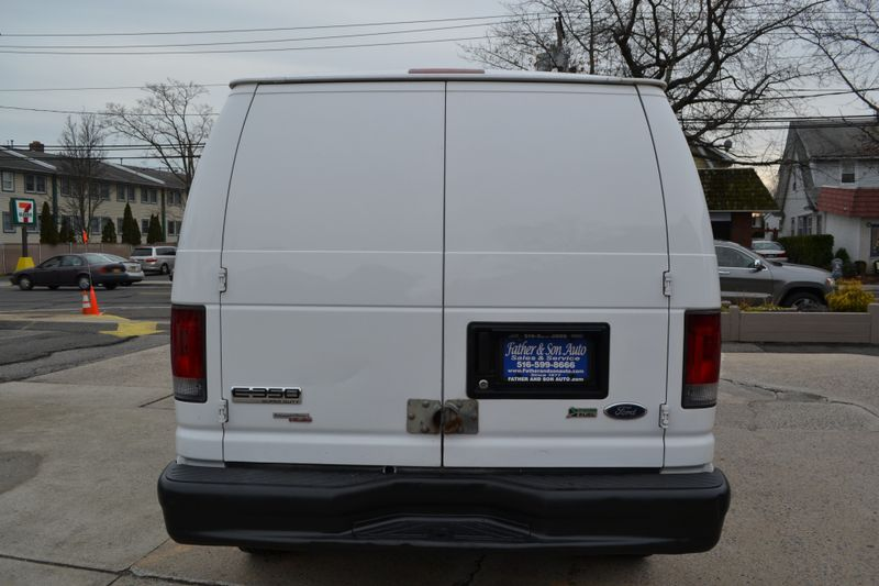 2011 Ford E350  Commercial  city New  Father  Son Auto Corp   in Lynbrook, New