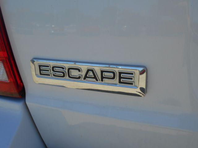 2011 Ford Escape Hybrid FWD Cleburne, Texas 8