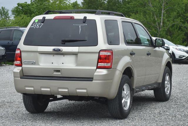 2011 Ford Escape XLT Naugatuck, Connecticut 4