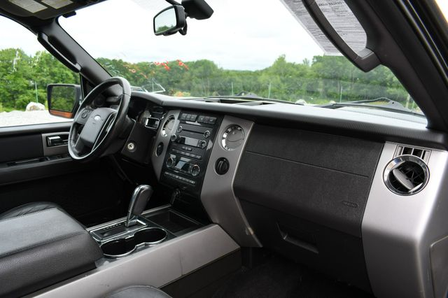 2011 Ford Expedition XLT 4WD Naugatuck, Connecticut 11