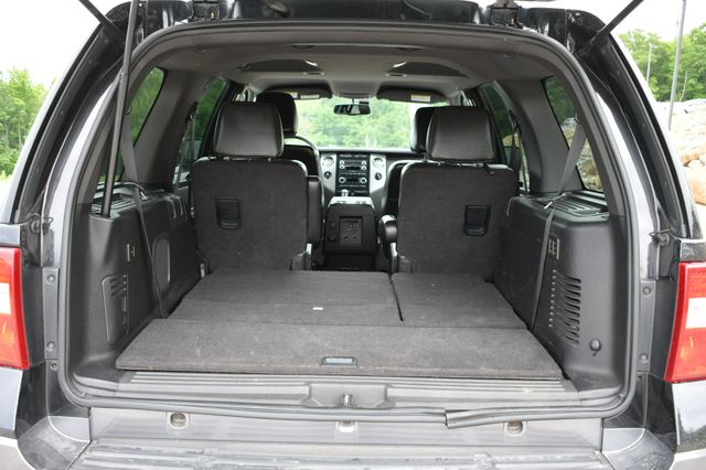 2011 Ford Expedition XLT 4WD Naugatuck, Connecticut 14