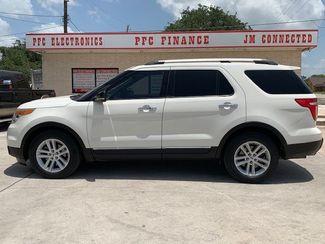 2011 Ford Explorer XLT in Devine, Texas 78016