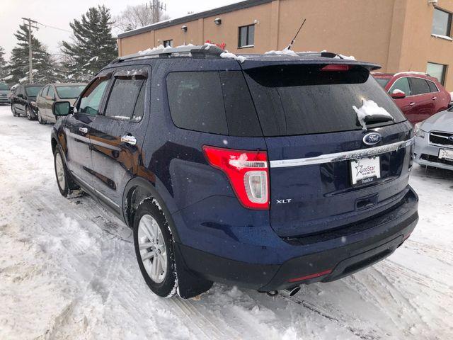 2011 Ford Explorer XLT Maple Grove, Minnesota 2