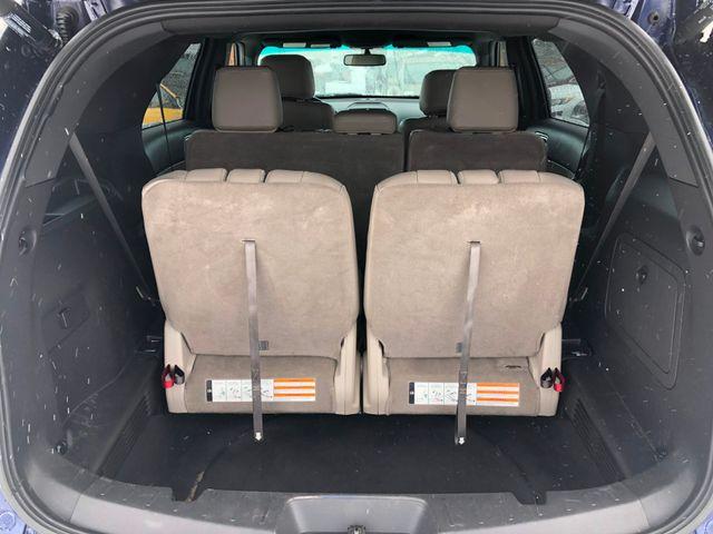 2011 Ford Explorer XLT Maple Grove, Minnesota 25